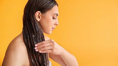 Olejowanie włosów KROK PO KROKU. Olejowanie a rodzaj włosów + EFEKTY
