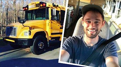 Przerobił szkolny autobus w dom na czterech kółkach! Gdy zobaczysz jego wnętrze, padniesz z wrażenia!