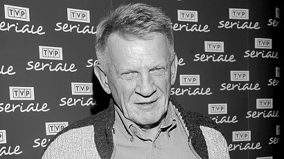 """Bronisław Cieślak nie żyje. Aktor znany z roli Sławomira Borewicza z """"O7 zgłoś się"""" miał 77 lat"""
