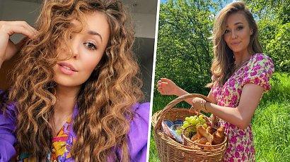 Izabella Krzan rozpaliła fanów zdjęciem w stroju kąpielowym! Dekolt do pępka odsłonił zbyt wiele?