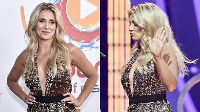 Kajra na Polsat SuperHit Festiwal! Błyszcząca sukienka odsłoniła jej piersi i udo! Ups, o mało co nie doszło do wpadki!