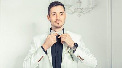 """""""Mąż chce iść na wesele w białym garniturze! Przecież będzie wyglądał jak Pan Młody! Co za wstyd"""""""