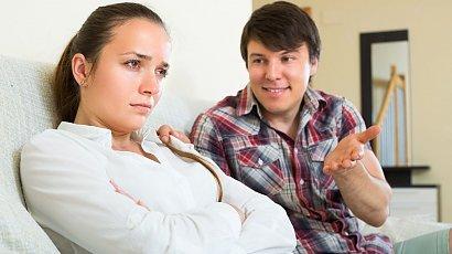 """""""Mąż podarował mi prezent na urodziny. Gdy go otworzyłam, pękło mi serce! Jak on mógł?!"""""""