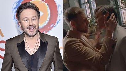 Andrzej Piaseczny wyznał, że jest gejem! W nowym teledysku pokazał miłość i ślub dwóch mężczyzn!