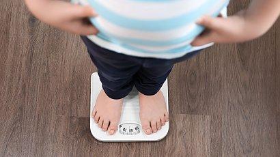 """""""Sąsiadka powiedziała, że mój 5-letni synek powinien przejść na dietę! Jak jej nie wstyd?!"""""""