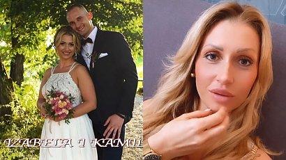 """Iza ze """"Ślubu od pierwszego wejrzenia"""" pokazała sukienkę na randkę z mężem! Dobrze jej w hiszpańskim dekolcie i białej koronce?"""