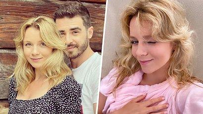 """Kasia Grabowska pokazała ciążowy brzuszek! Gwiazda """"Zakochani po uszy"""" lada moment zostanie mamą!"""