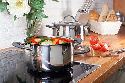 4 garnki, które trzeba mieć w kuchni