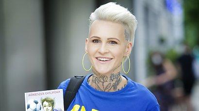 Agnieszka Chylińska ma neonowo-zielone włosy. Zaskoczyła fanów na koncercie!
