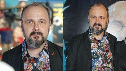 """Arkadiusz Jakubik pokazał żonę na premierze """"Czarnej owcy""""! Są razem 29 lat! Pasują do siebie?"""