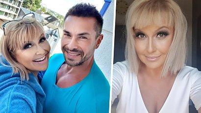 """Katarzyna Skrzynecka i jej córka w takich samych sukienkach! """"Córeczka to kopia mamusi, piękna rodzinka"""" - piszą fani"""