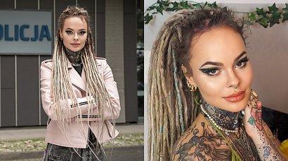 """Monika Miller z """"Gliniarzy"""" pokazała sukienkę na 26 urodziny! Oliwkowa mini odsłoniła wszystkie tatuaże"""