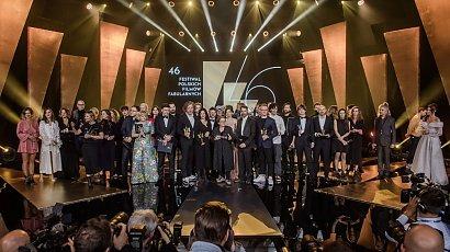46. Festiwal Polskich Filmów Fabularnych w Gdyni – jakie trendy jesień – zima 2021 były obecne na czerwonym dywanie?