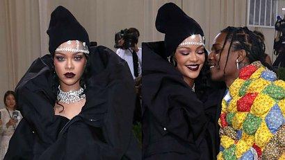 Rihanna zaskoczyła suknią na Met Gali! Stylizacja pogrubiła ją o 20 kg, ale o to właśnie chodziło!
