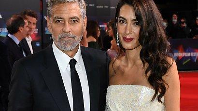 Żona George'a Clooneya w białej sukni jak do ślubu! Najlepsza kreacja na festiwalu filmowym w Londynie?
