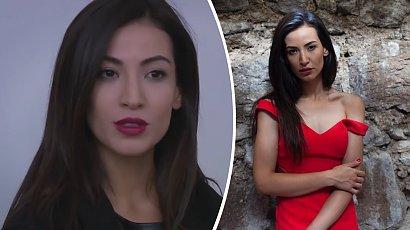 """Arzu z serialu """"Elif"""" to prawdziwa piękność! Cemre Melis Çınar ma długie, kręcone włosy i zachwyca figurą!"""
