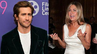 """Jake Gyllenhaal wyznał to po latach! Sceny miłosne z Jennifer Aniston w """"Życiowych rozterkach"""" to była tortura!"""
