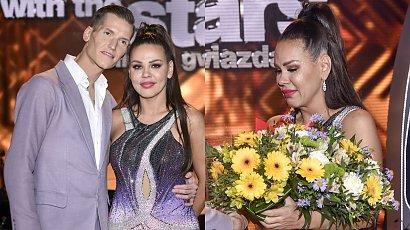 """Sylwia Bomba z """"Gogglebox"""" odpadła z """"Tańca z Gwiazdami""""! Polały się łzy! Fani się cieszą: W końcu!"""