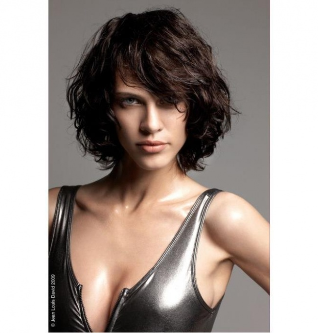 Średnie Cieniowane Włosy 32 śliczne I Kobiece Fryzury