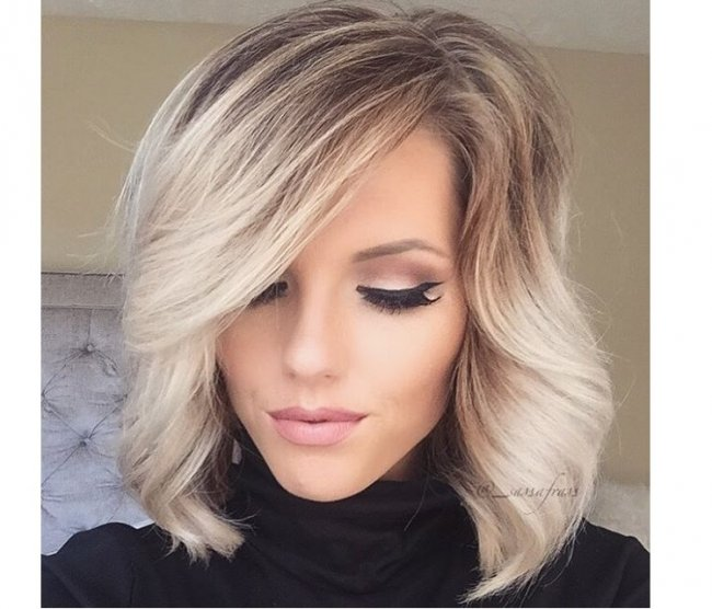 Khloe kardashian blonde hair 2018