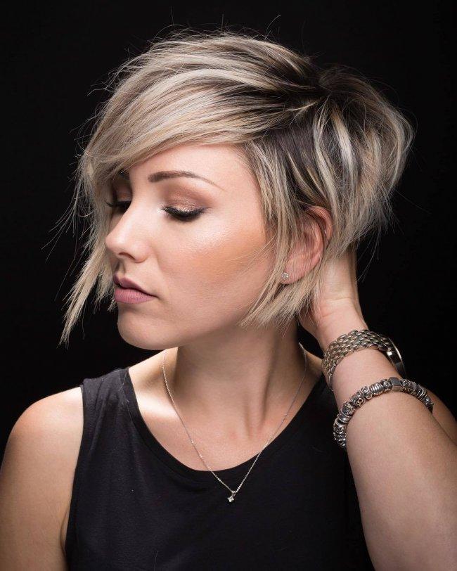 Cieniowane Fryzury Dla Włosów Za Ucho Urzekające Cięcia