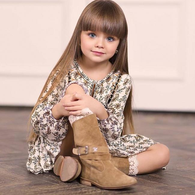 247e3d4748f413 6-letnia Rosjanka została okrzyknięta najpiękniejszą dziewczynką na ...