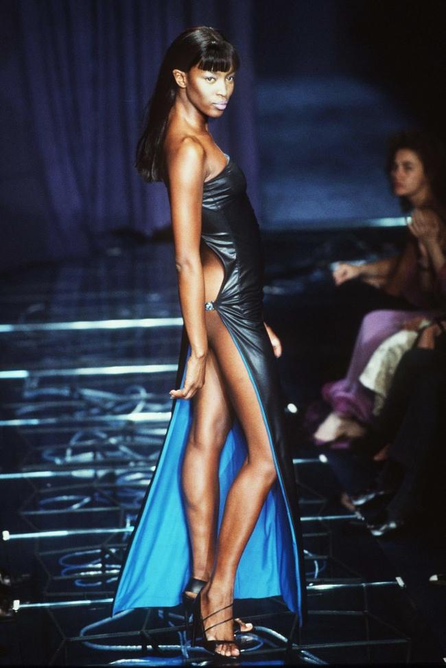 Pokaz Versace rok 1997