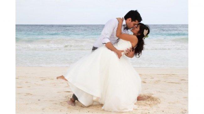 Zdjęcie ślubne na plaży