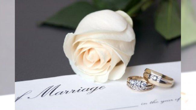 Akt małżeński