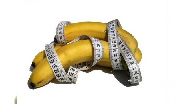 Banany i centymetr