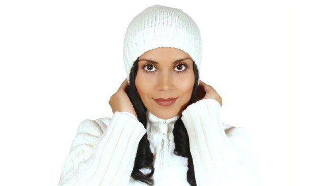 Kobieta w czapce