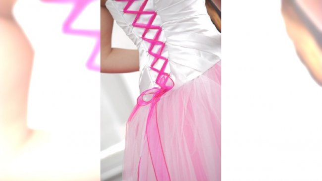 Dwukolorowa suknia