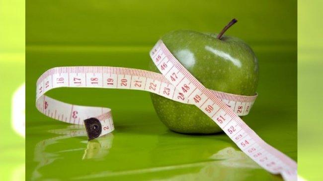Jabłko i centymetr