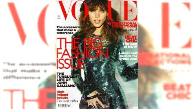 Freja-Beha-Erichsen-Vogue-UK-September-2011-cover