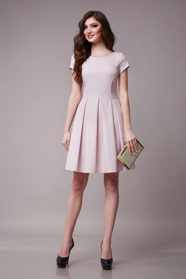367834cf92 Sukienka na Komunię dopasowana do figury