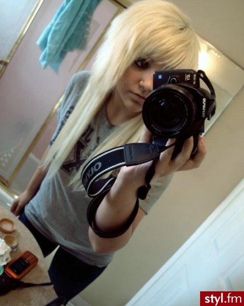 Blond EMO Alternatywne Średnie Fryzury