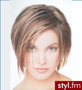 <b>fryzury</b> dla dziewczyn. <b>Fryzury</b> - włosy średnie. <b>fryzury</b> dla ...