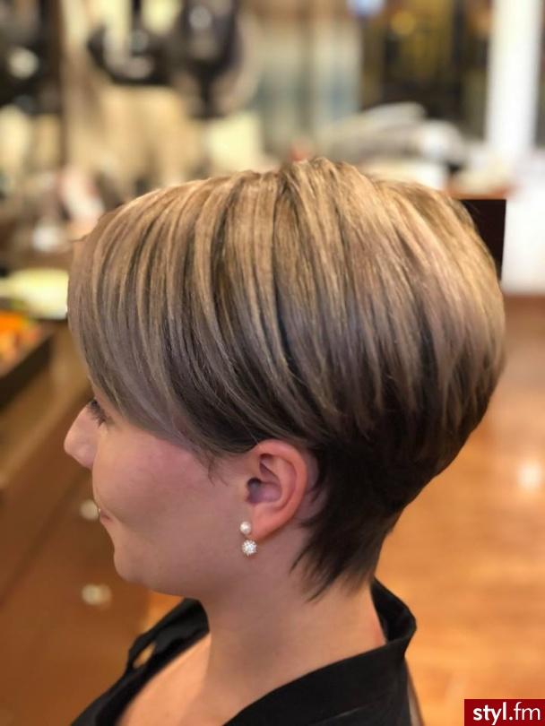 Piękne sombre na włosach długich. https://forhairsobieski.pl/ - Blond Rozpuszczone Proste Na co dzień Krótkie Fryzury