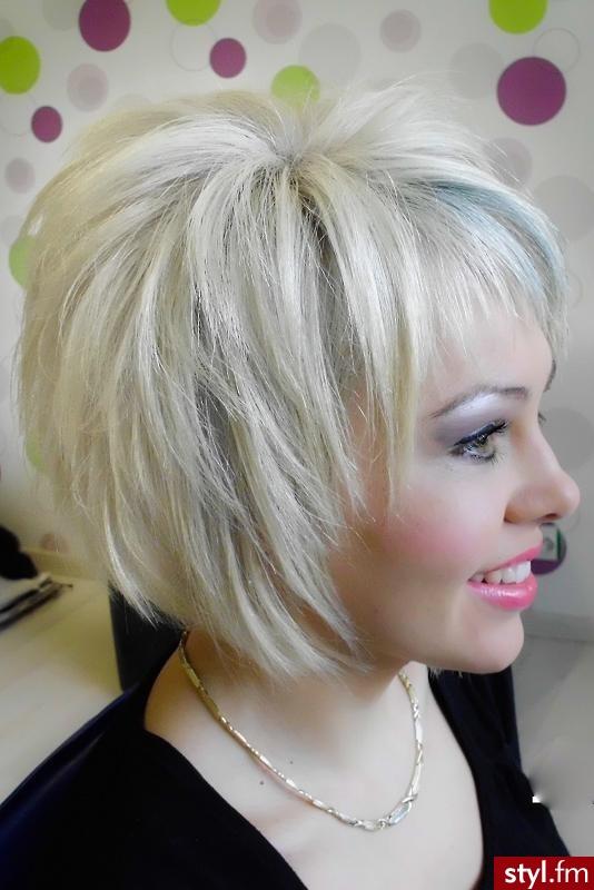 Blond Rozpuszczone Proste z grzywką Wieczorowe Krótkie Fryzury