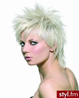fryzury krótkich włosów. Fryzury - krótkie włosy. fryzury krótkich włosów - Internetowy Katalog Fryzur IKF.com.pl, propozycje fryzur na każdą okazję np. fryzury kok - Krótkie Fryzury