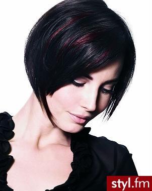 fryzury damskie średnie. Fryzury - włosy średnie. fryzury damskie średnie - Internetowy Katalog Fryzur IKF.com.pl, propozycje fryzur na każdą okazję np. fryzury cieniowane - Średnie Fryzury
