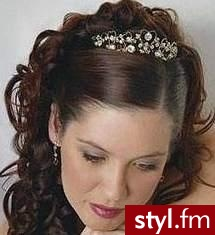 Fryzury ślubne Włosy Fryzury średnie ślubne Anonymous 292