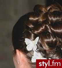 fryzury slubne zdjecia. Fryzury ślubne, wieczorowe. fryzury slubne zdjecia - Internetowy Katalog Fryzur IKF.com.pl, propozycje fryzur na każdą okazję np. krótkie włosy - Ślubne Średnie Fryzury