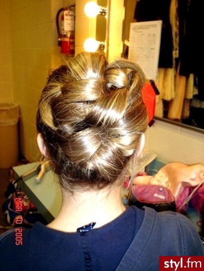 modne fryzury męskie. modne fryzury męskie - Internetowy Katalog Fryzur IKF.com.pl, propozycje fryzur na każdą okazję np. www fryzury - Średnie Fryzury