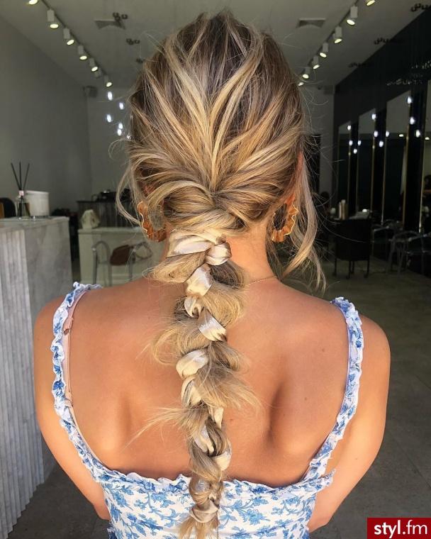 Blond Warkocze Kręcone Ślubne Długie Fryzury