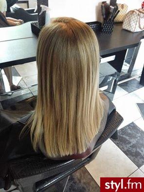Salon Janette Chrzanów - Blond Rozpuszczone Proste Na co dzień Średnie Fryzury