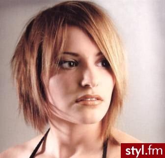 Fryzury średnie Włosy Fryzury średnie Anonymous 557