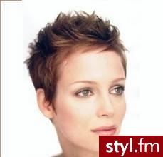 krótkie włosy fryzury zdjęcia. Fryzury - krótkie włosy. krótkie włosy fryzury zdjęcia - Internetowy Katalog Fryzur IKF.com.pl, propozycje fryzur na każdą okazję np. fryzury długie - Krótkie Fryzury