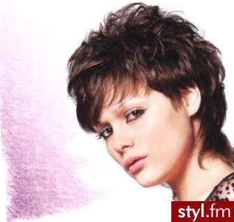 najmodniejsze fryzury włosy krótkie. Fryzury - krótkie włosy. najmodniejsze fryzury włosy krótkie - Internetowy Katalog Fryzur IKF.com.pl, propozycje fryzur na każdą okazję np. fryzury foto - Krótkie Fryzury