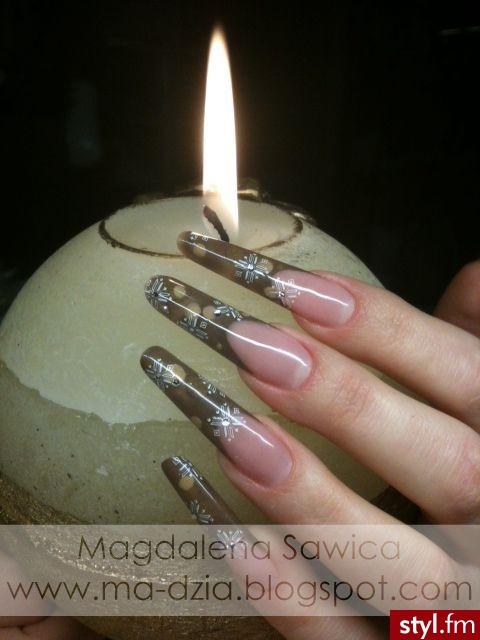 Zima z Deluxe Nails - konkurs organizowany przez forum Sweet Nails przy współpracy z firmą Deluxe Nails - Migdałki Stempelki Akryl Paznokcie